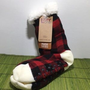 LAZY ONE Red Plaid Plush socks (slippers) NWT